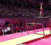 Брусья для спортивной гимнастики.