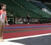 Гимнастка Laurie Hernandez.