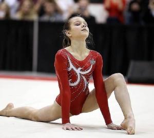 Гимнастка Shallon Olsen